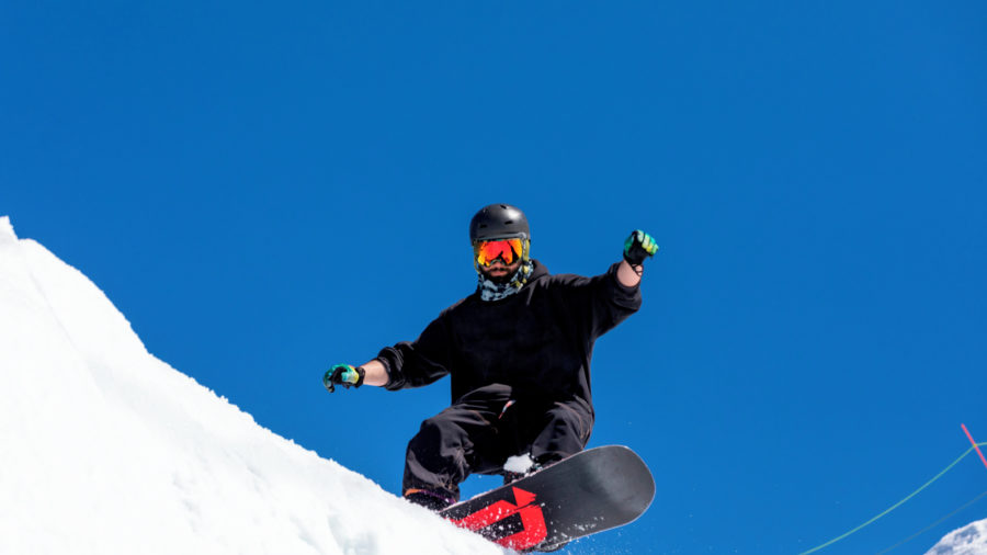 Ski_Shoot_2019-87_RGB-136-DPI-For-Web