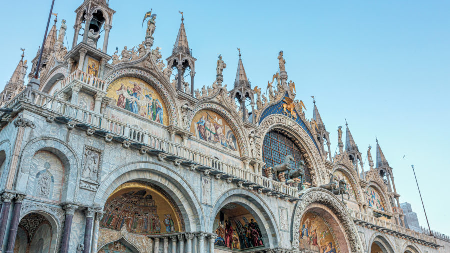 VCE_Venice_Saint_Marks_Basilica_0719_RGB-136-DPI-For-Web