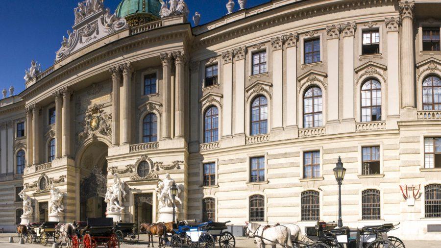 VIE_Spanish_Riding_School__Hofburg_118414184_RFIS_0119