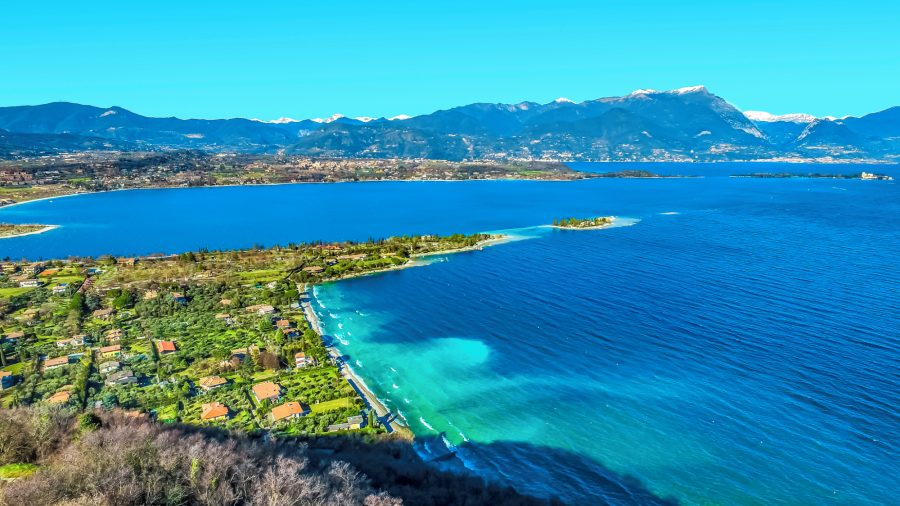 VRN_Rocca_di_Manerba_Garda_Lake_1094833626_Getty_RGB-136-DPI-For-Web