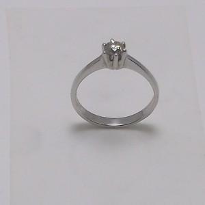 Μονόπετρο δακτυλίδι λευκό Κ18 χρυσό -mrg006