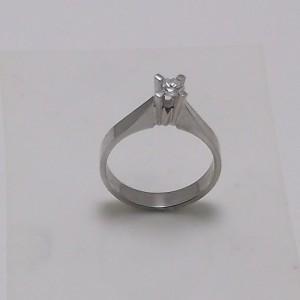 Μονόπετρο δακτυλίδι λευκό Κ18 χρυσό -mrg009