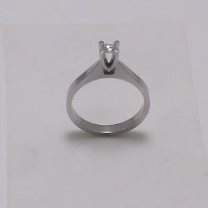 Μονόπετρο δακτυλίδι λευκό Κ18 χρυσό -mrg010