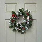 Three Kings Led Holly Berry Wreath 40cm (2541019)