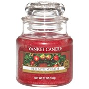 Yankee Candle Jar Red Apple Wreath Small (1120699E)