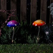 Smart Solar Whimsical Stakes-giant Glowshrooms (5031024)