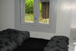dobbeltsenga ved vinduet - Foto: Anne Gallefos Wollertsen/DOT