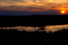 Solnedgang ved Kvitfjellhytta - Foto: NTT