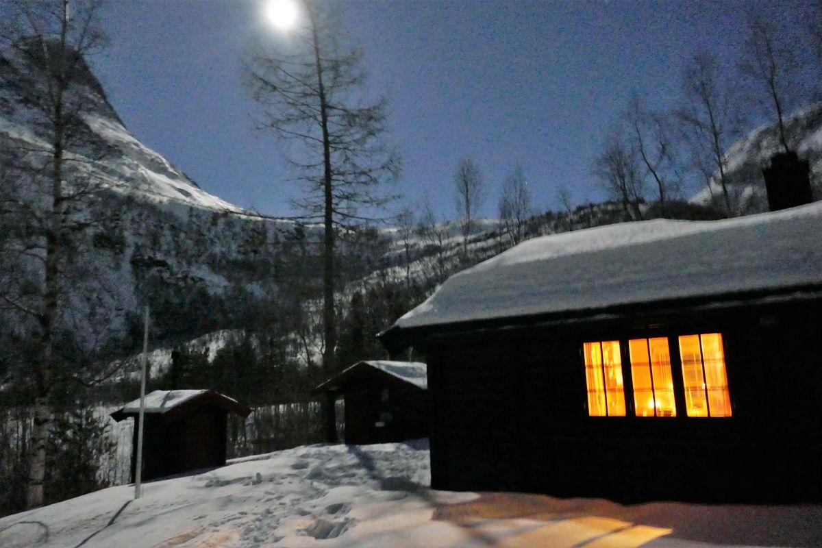 Brandstadbu og Øksendalen er et fantastisk område for vårskiturer.