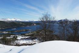 Utsikt mot Ulvsvåg og Presteidvika - Foto: Kjell Fredriksen