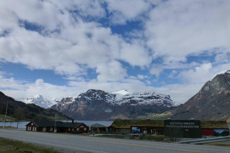 Utgangspunkt ved Jostedalsbreen Nasjonalparksenter/Matstova