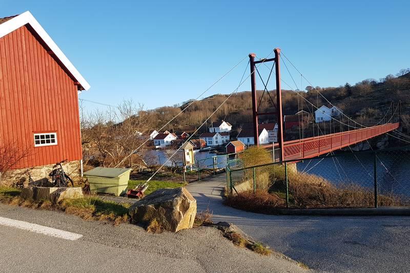 Hengebroa til Rosnes