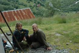 På gården Vetti innerst i Utladalen jobber Charlotte Tolstrup og Henrik Nielsen som vertskap - Foto: Julie Maske