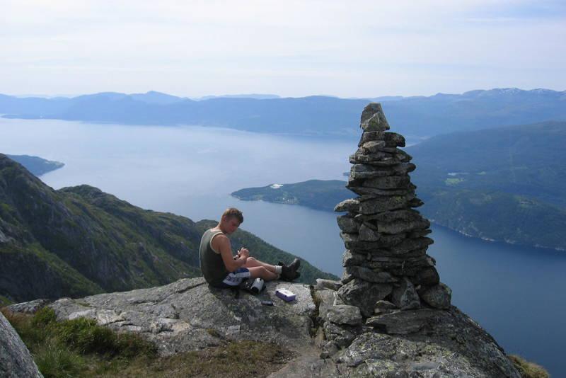 Vikanuten og ut fjorden