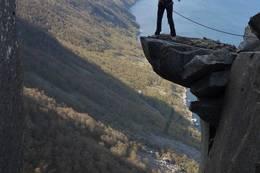 Ukjente turmuligheter ovenfor hytta på Kallaliklumpen  - Foto: Hessel Harker