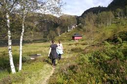 Gapahuken i Sandstøl er turen mål -  Foto: Ingvild Drivdal Eikeland