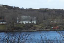 Dolm kirke, på Dolmøya - Foto: Johan Eide