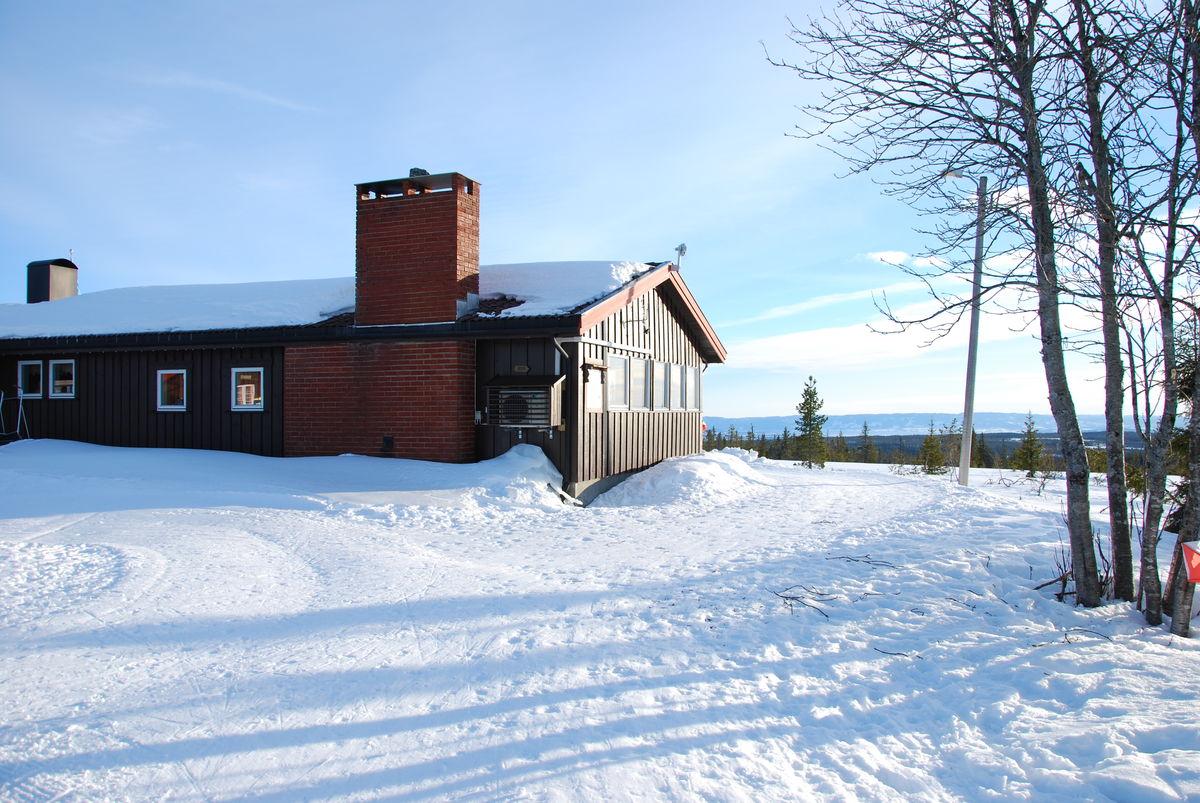 Nordsiden av hytta