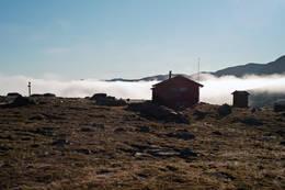 Morratåka ligger lavt ved Cáihnavággihytta -  Foto: Clas Holmberg
