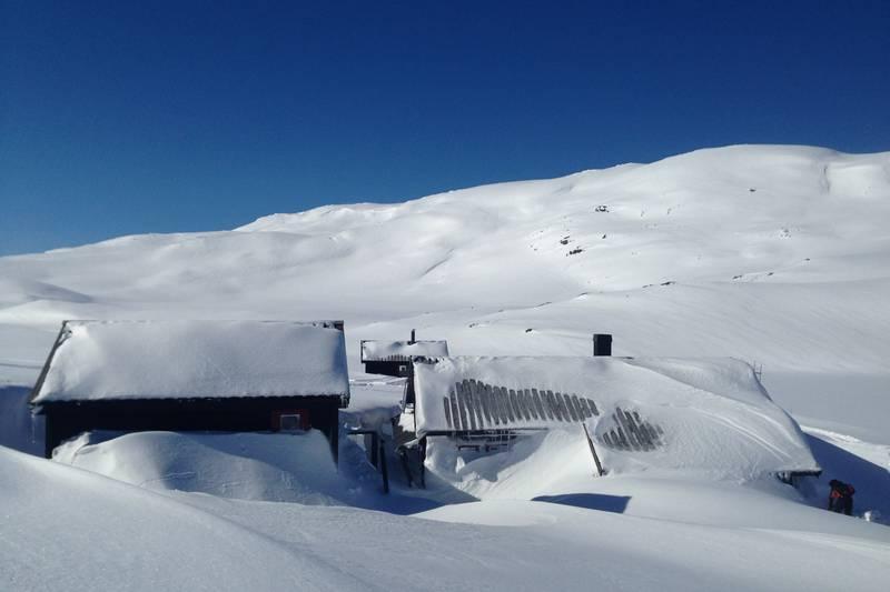 Snørik vinter på Kringlevatn