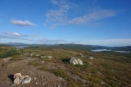 På tur til Langvasshytta. Utsikt mot Grønningen og Langvatnet - Foto: Visit Innherred