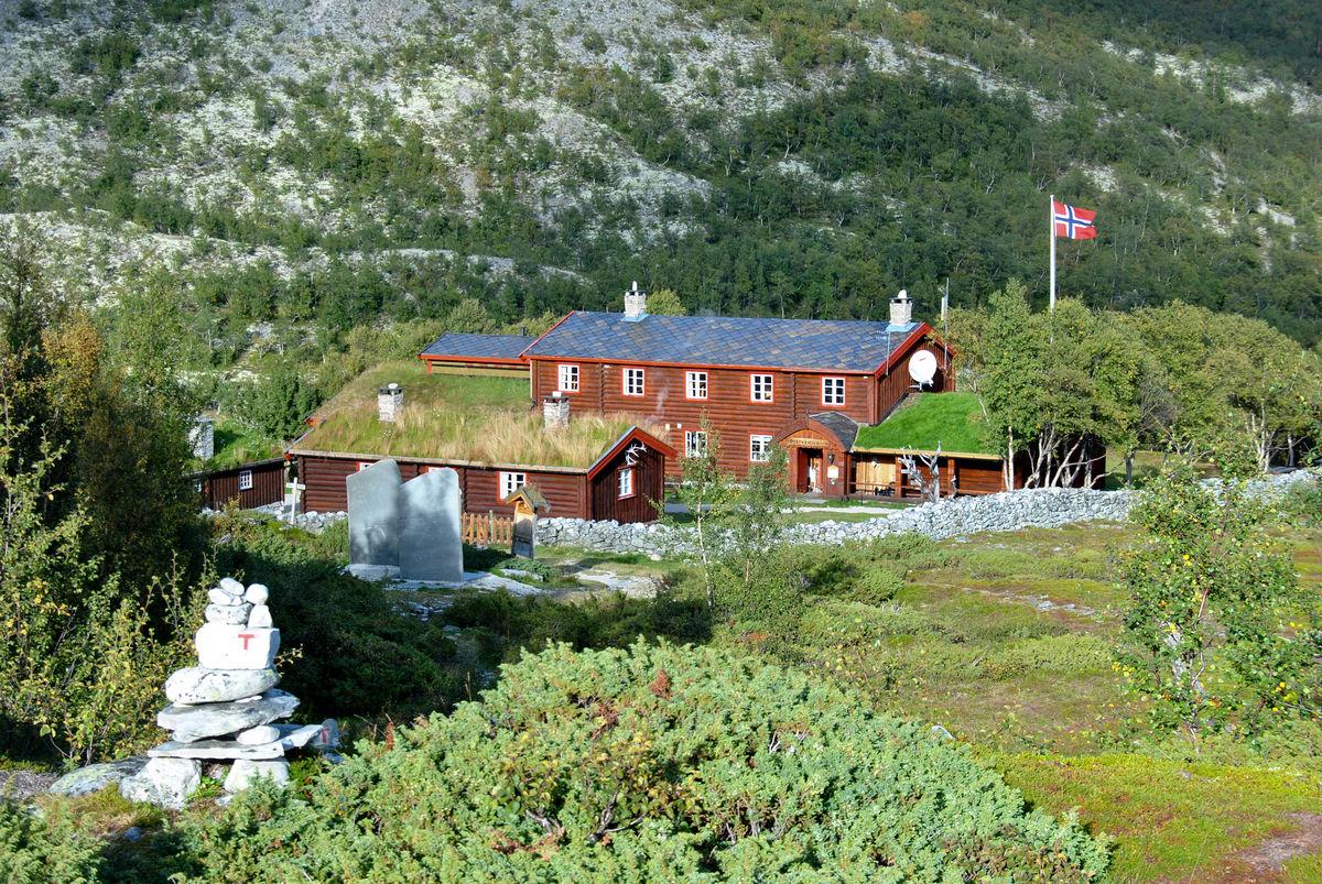 Utsikt mot Bjørnhollia