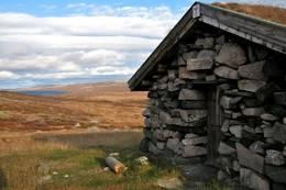 Ulvelilægeret høsten 2009. På tur fra Rjukan til Geilo hadde jeg ei natt på Ulvelilægeret.  - Foto: Marius Adler Dahl