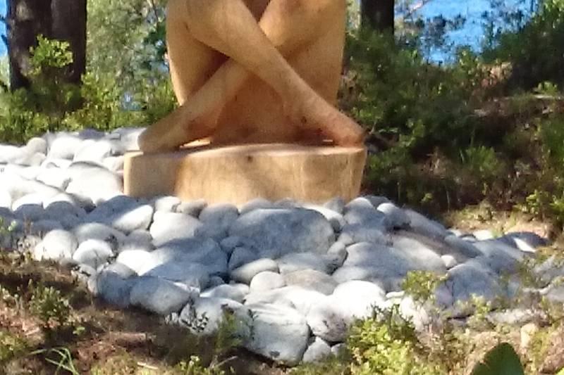 Kenneth Ravn Ottesen har flere figurer i parken