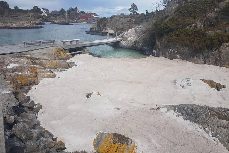 Ny strand ved Seilerhytta i Tvedestrand