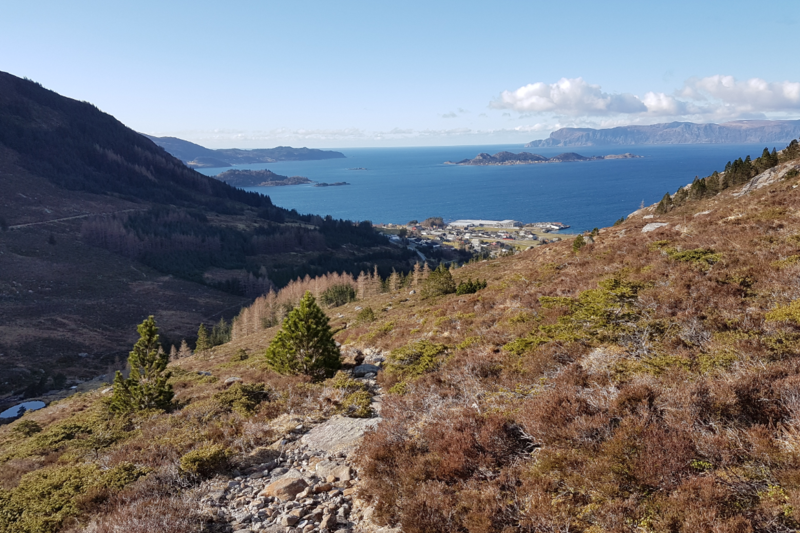 Tilbakeblikk mot Flatraket, utsikt mot Sildagapet, Silda og Stadlandet