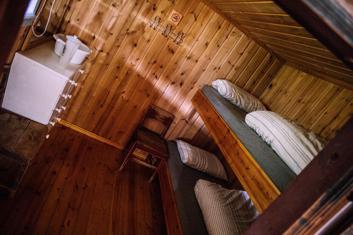 Totalt er det sju sengeplasser i hytta