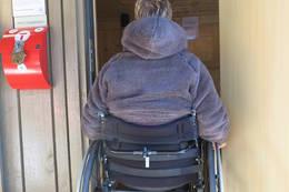 Tilrettelagt for rullestol. God remkommelighet på toalett. - Foto: