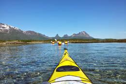 Farvannet i Kaldvågfjorden varierer mellom grunne og dype områder. Vær obs på tidevannsstrømmer! -  Foto: Truls Johnsen
