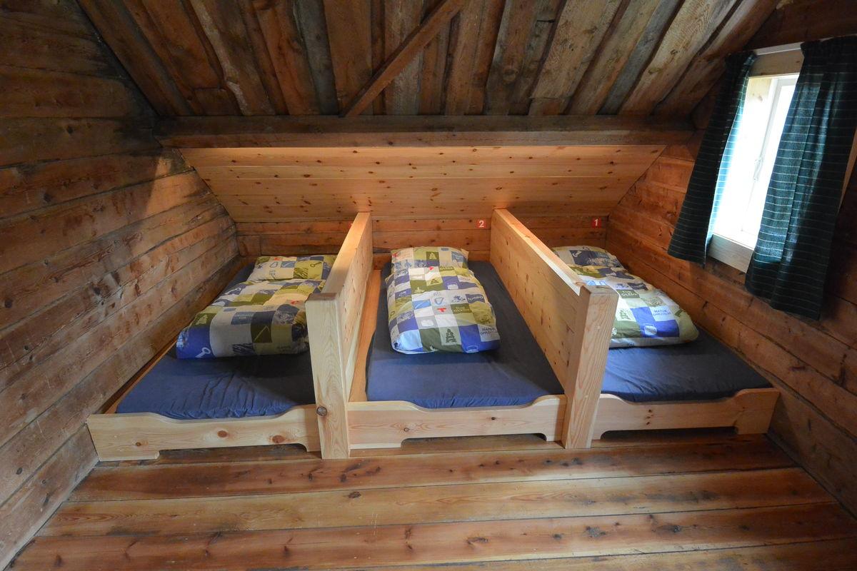 Rom nr 5 har 7 soveplasser, 3x1 og 2x2.