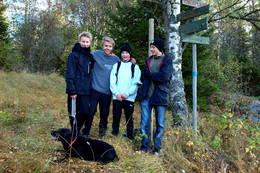 Gutta på tru til Våler varde - Foto: Per L. Engene