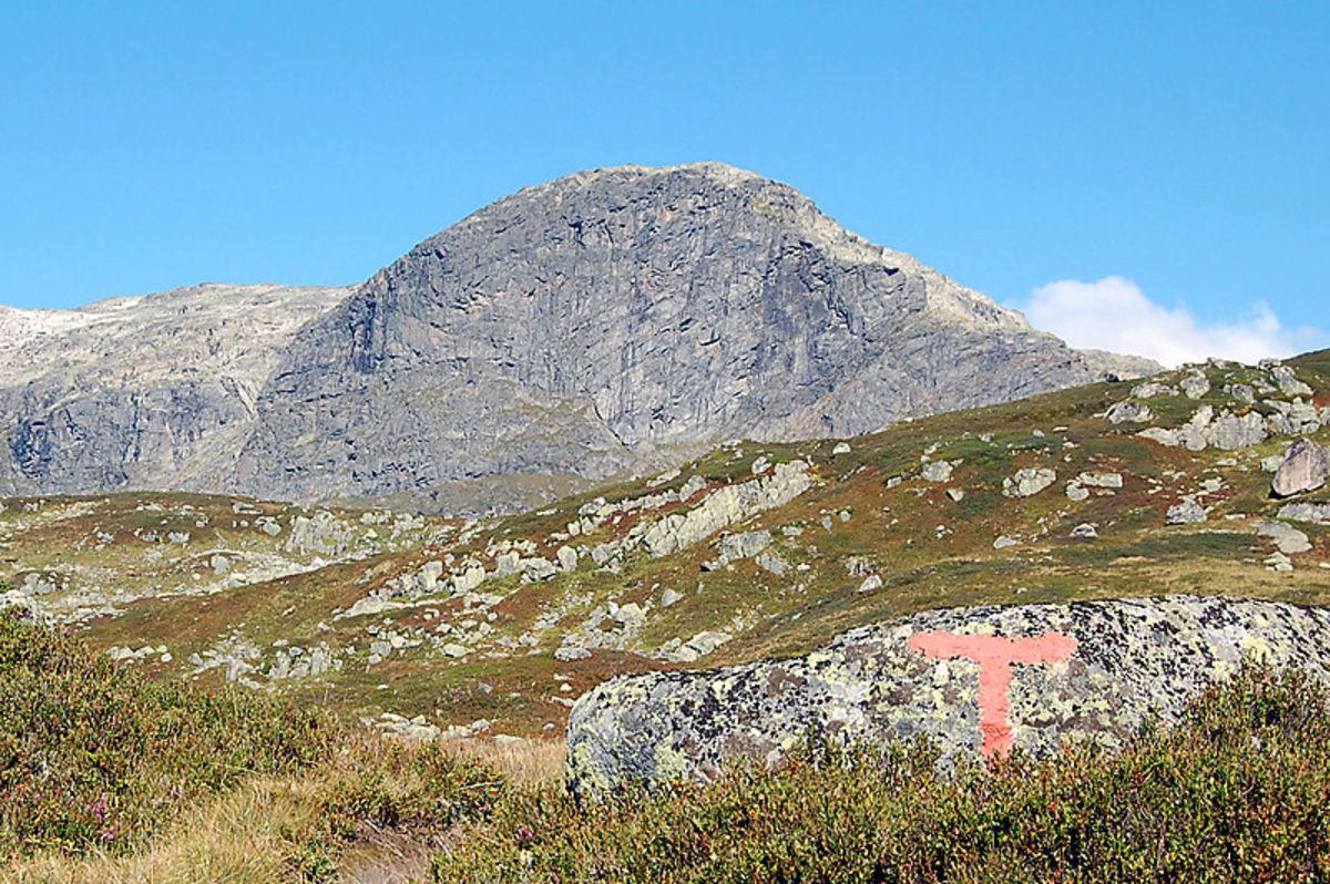 Store Nup med sin karakteristiske fjellside i sør