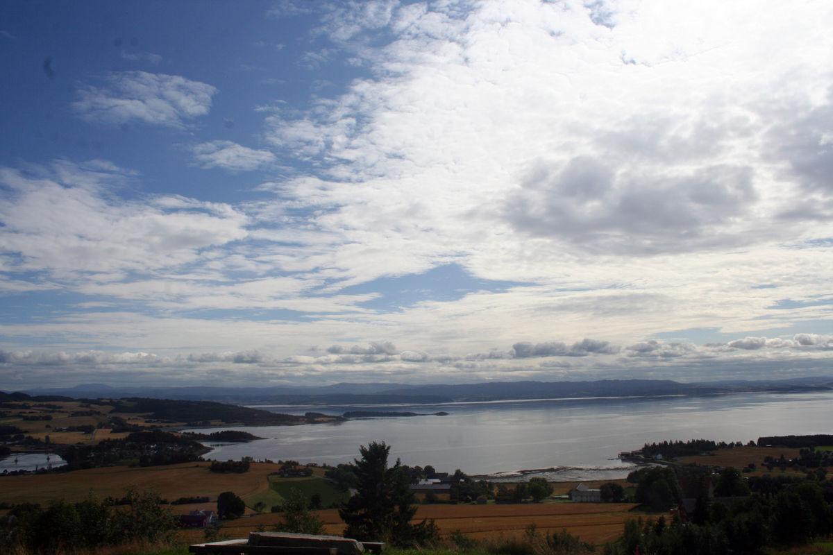 Vel fremme - nyt utsikten fra Øyna