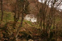 Huset sett fra stien ned til Dåtlandsstrand - Foto: Ukjent