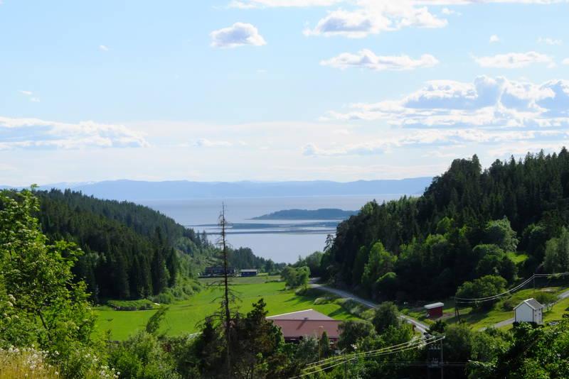 Utsikt fra Vargåsen mot Tautra og Trondheimsfjorden