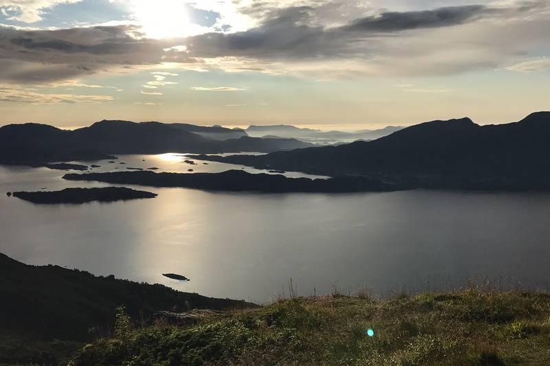 Utsikt fra toppen utover øyane