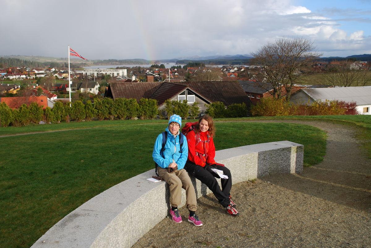 Turen tar deg med til toppen av Rudlå hvor du kan nyte utsikten over Jæren