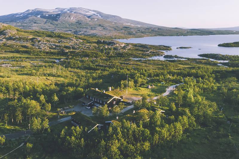 Nedalshytta mot Nordskardsfjellet