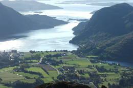 Utsikt frå Tofjell -  Foto: Anne Kari Skogerbø