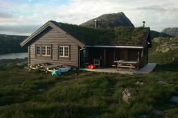 Nipebu i Askvoll Kommune, Juli 2012  - Foto: Else Slettehaug