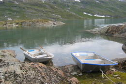 Båter ved Paurohytta - Foto: Narvik og Omegn Turistforening