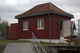Kystledhytta Kiosken innbyr til overnatting for to. -  Foto: Oslofjordens Friluftsråd