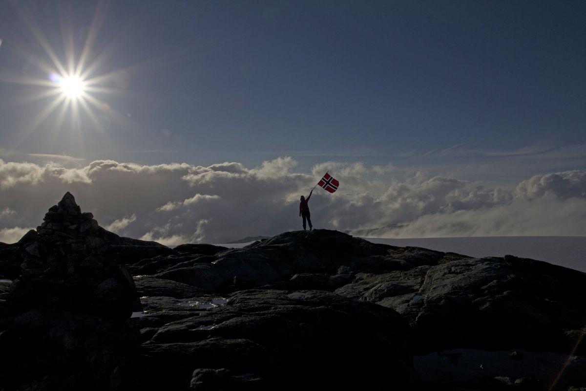Utsikt, sol og luftig 1500 moh. ved Folgefonna. Odda kommune.