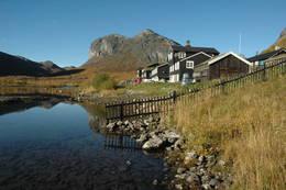 Gjendebu og området rundt - Foto: Sverre A. Larssen