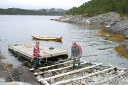 Båtutsettet brukes også ved utsett og opptak av flytebrygga - Foto: Bodø og Omegns Turistforening