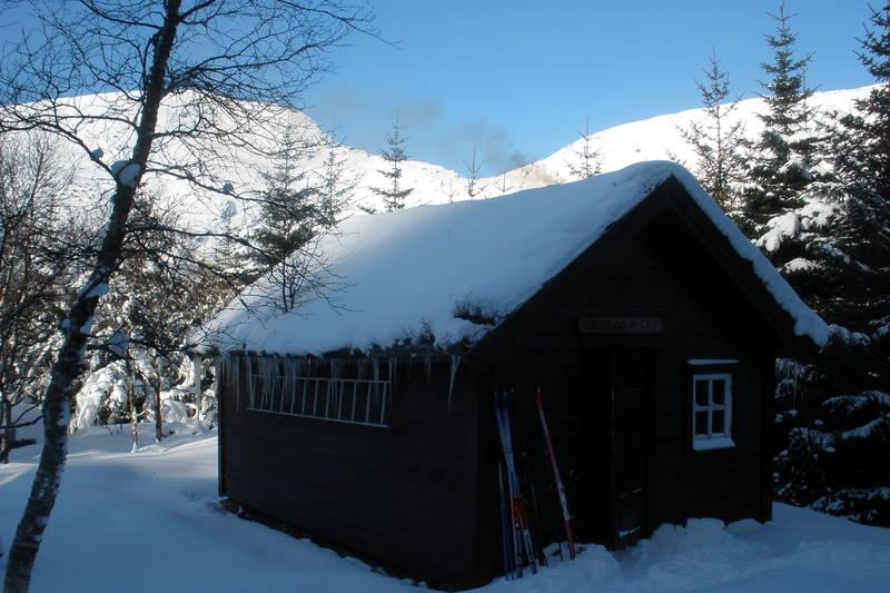 påsketur til Grytadalen, ei DNT hytte uten vinterveg.